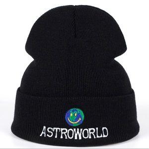 Astroworld skully beanie hat ccad1d4fcdfa